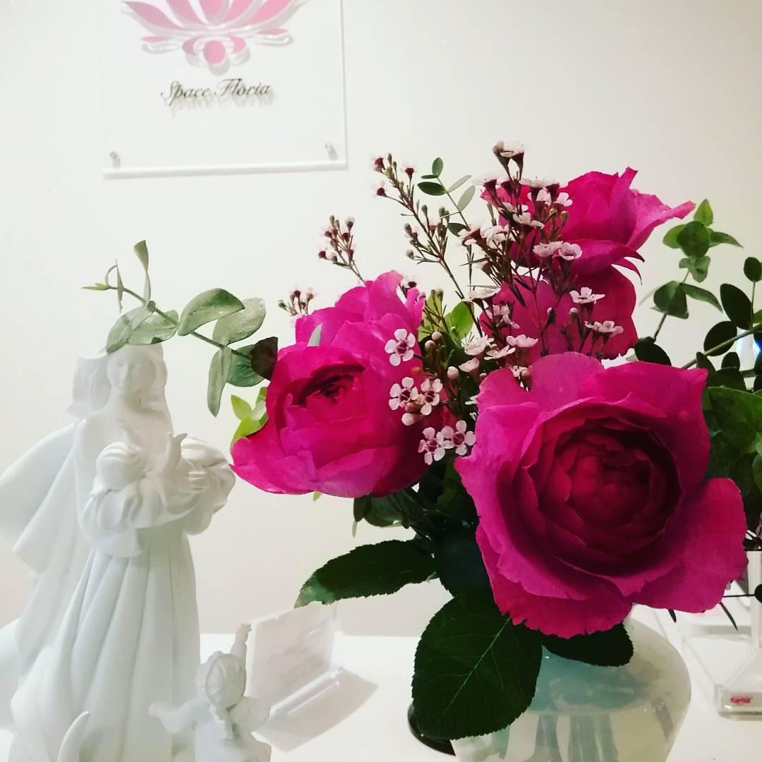 お花がいっぱい♡ #スペースフローリア #軽井沢 #レンタルサロン #イベントスペース #アロマセラピーサロン